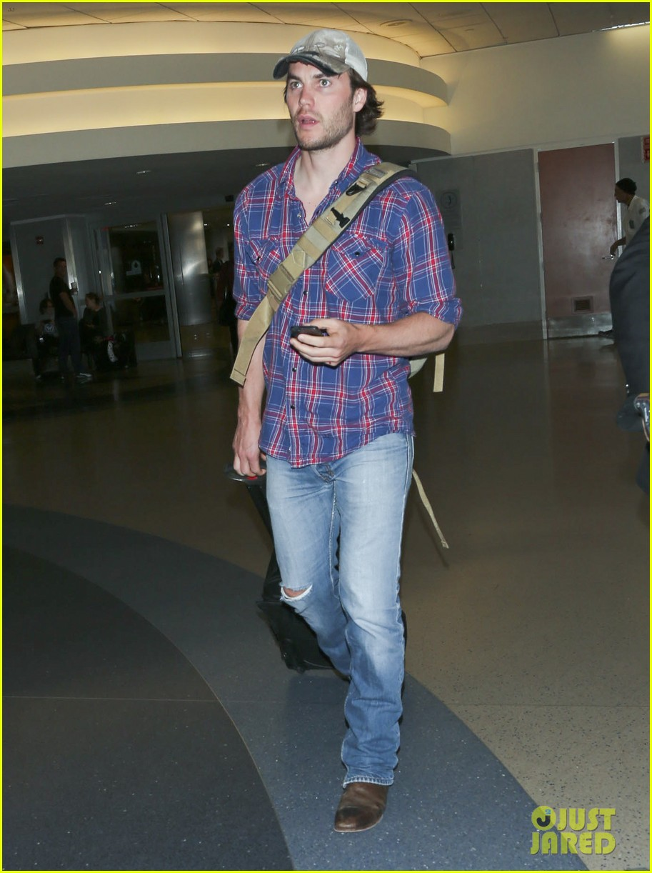 brooklyn decker taylor kitsch battleship reunion lax 303073662