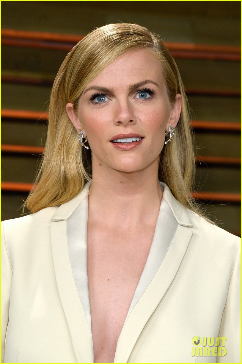 brooklyn decker attends vanity fair party with andy roddick 073064638