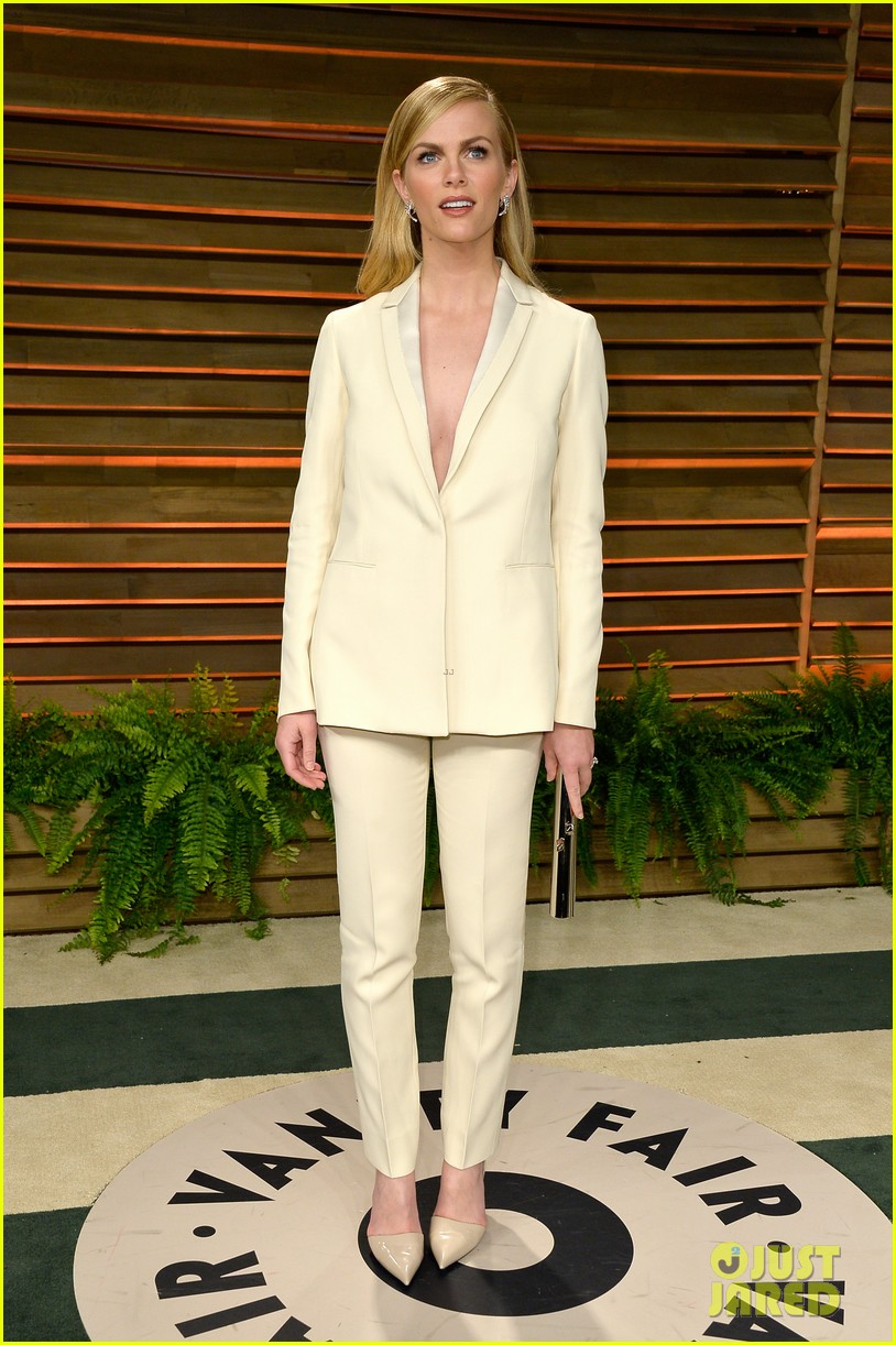 brooklyn decker attends vanity fair party with andy roddick 083064639