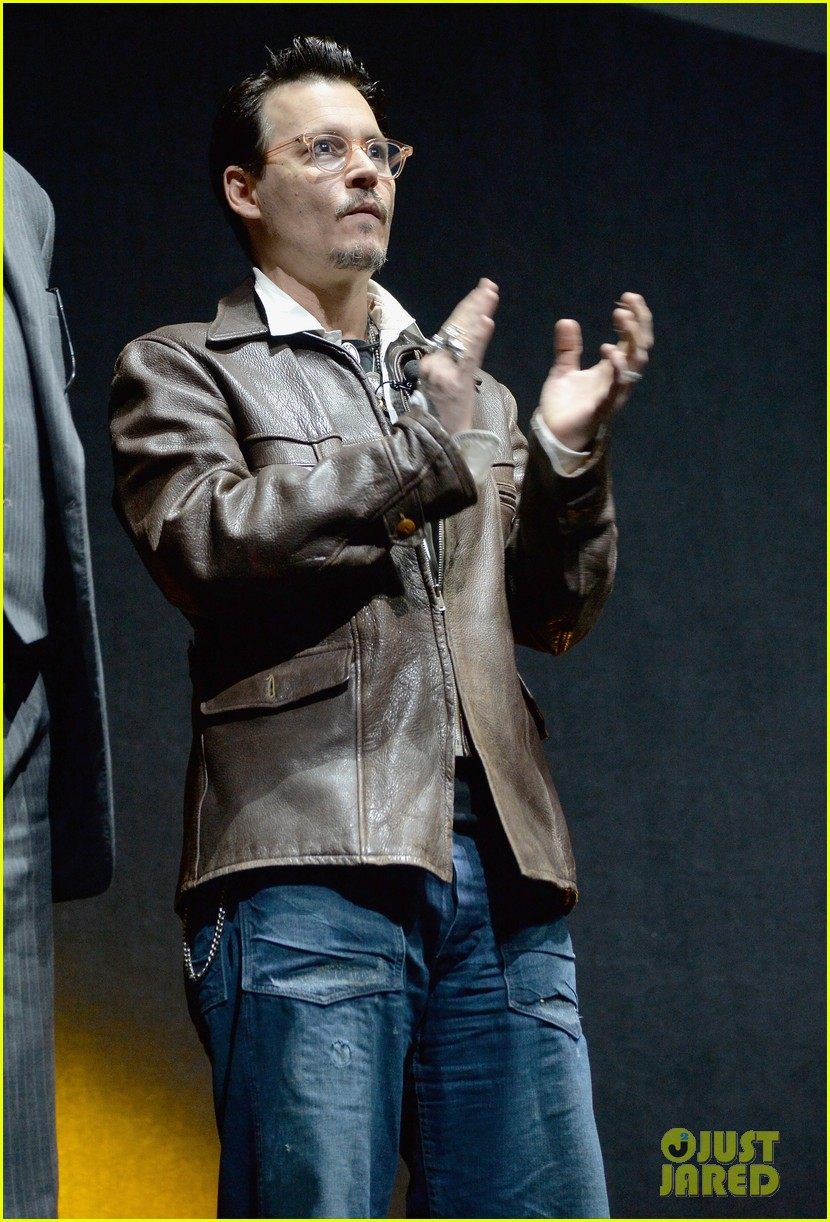 johnny depp cinemacon transcendence 033080061