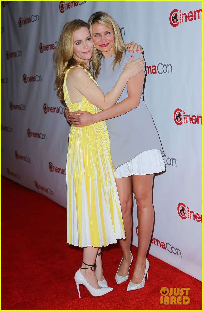 cameron diaz leslie mann let no other woman between them at cinemacon 143079820