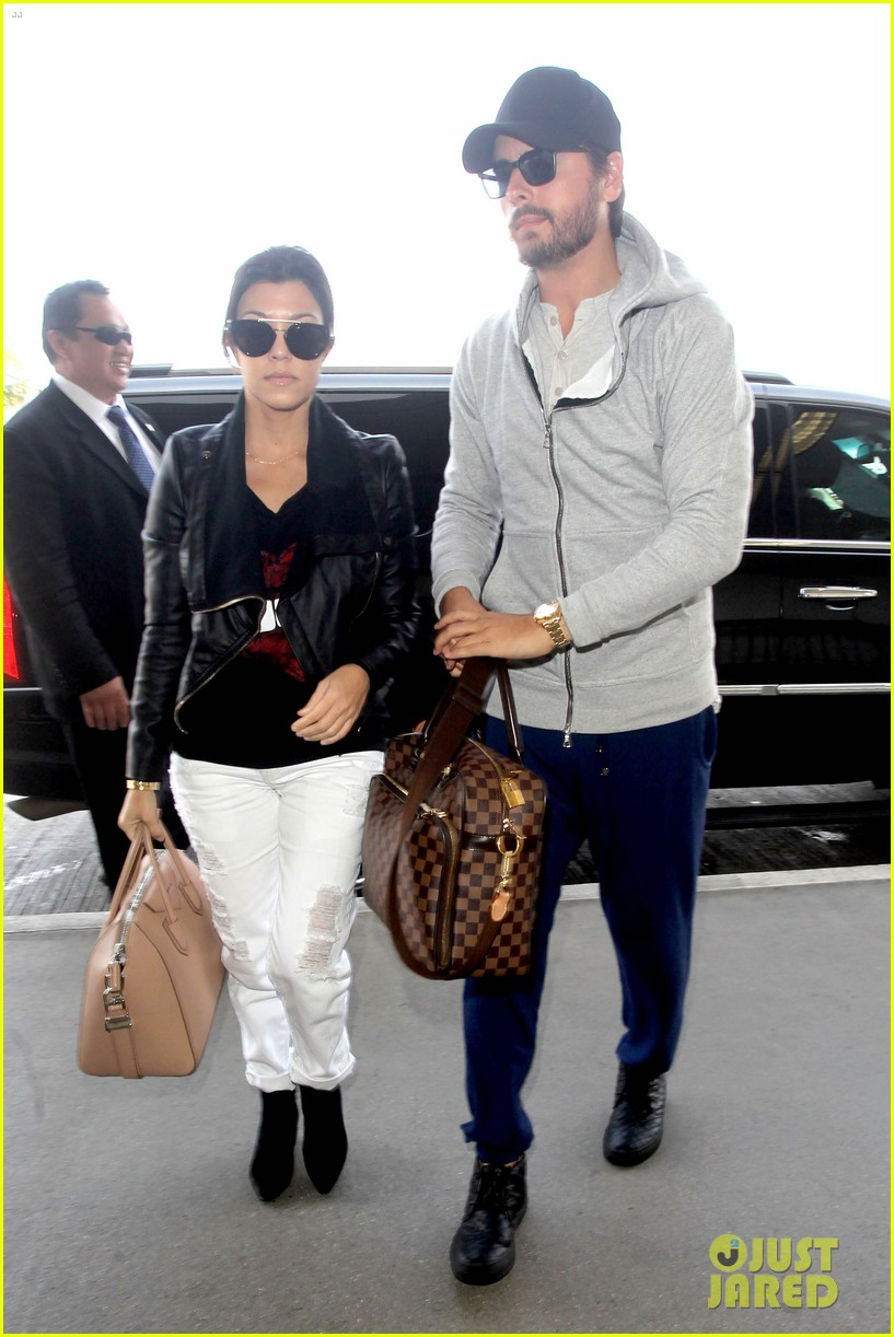 scott disick leaves little to the imagination 133077279