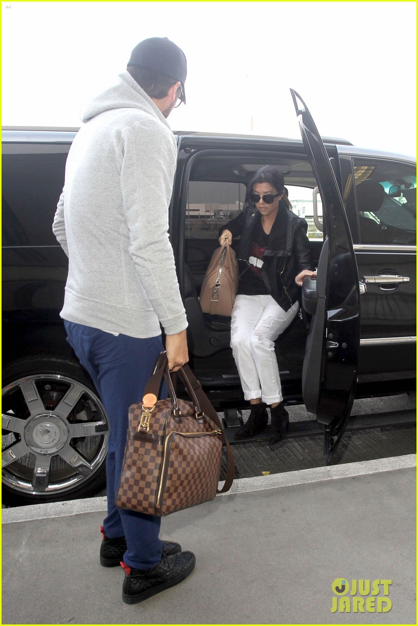 scott disick leaves little to the imagination 173077283