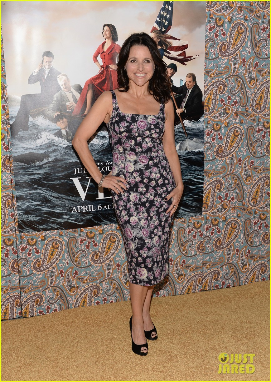 julia louis dreyfus celebrates the season three premiere of veep 143078258