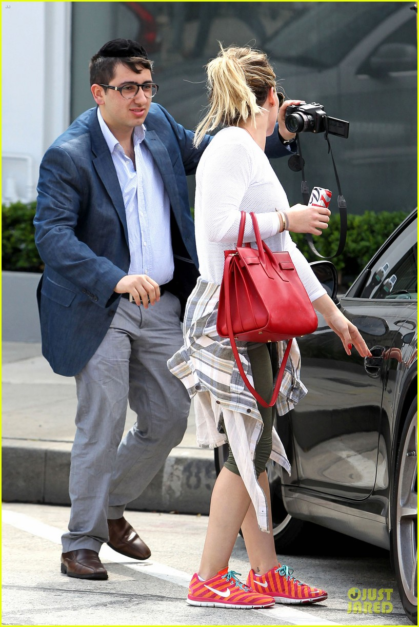 hilary duff stylish with red 153076530