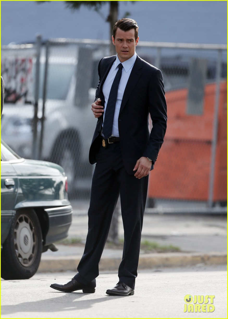 josh duhamel jumps into action on battle creek set 03
