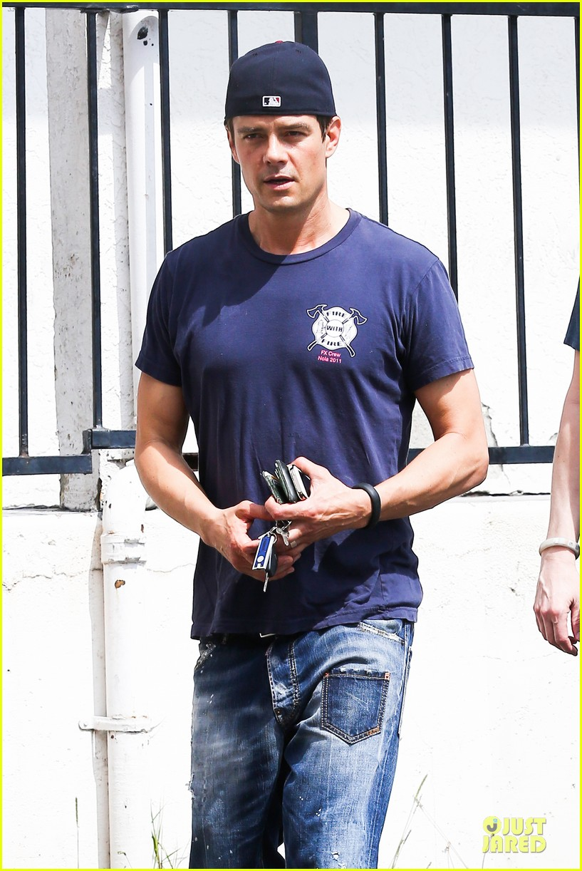 josh duhamel cant get enough of early world 043081862