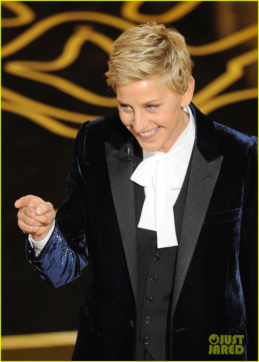 ellen degeneres oscars 2014 opening monologue watch now 043064021