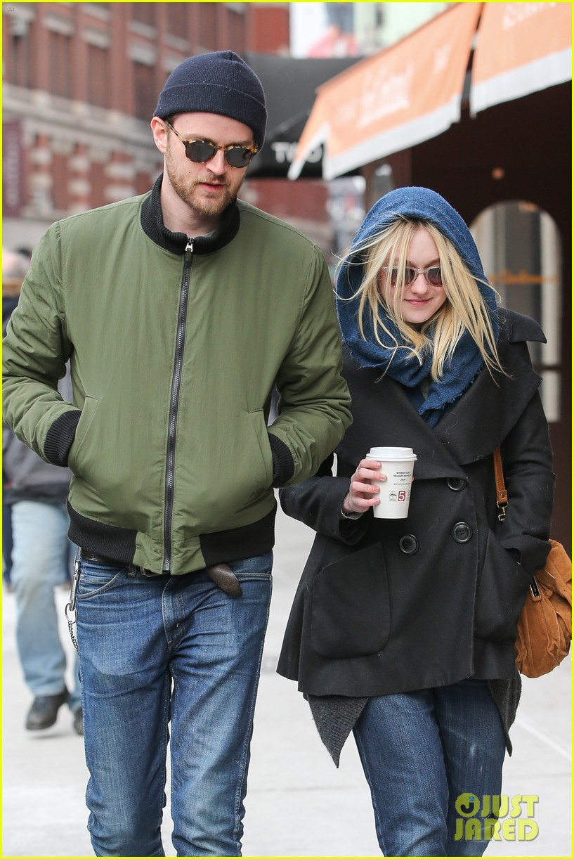 dakota fanning heading to nevada soon for new film 023066739