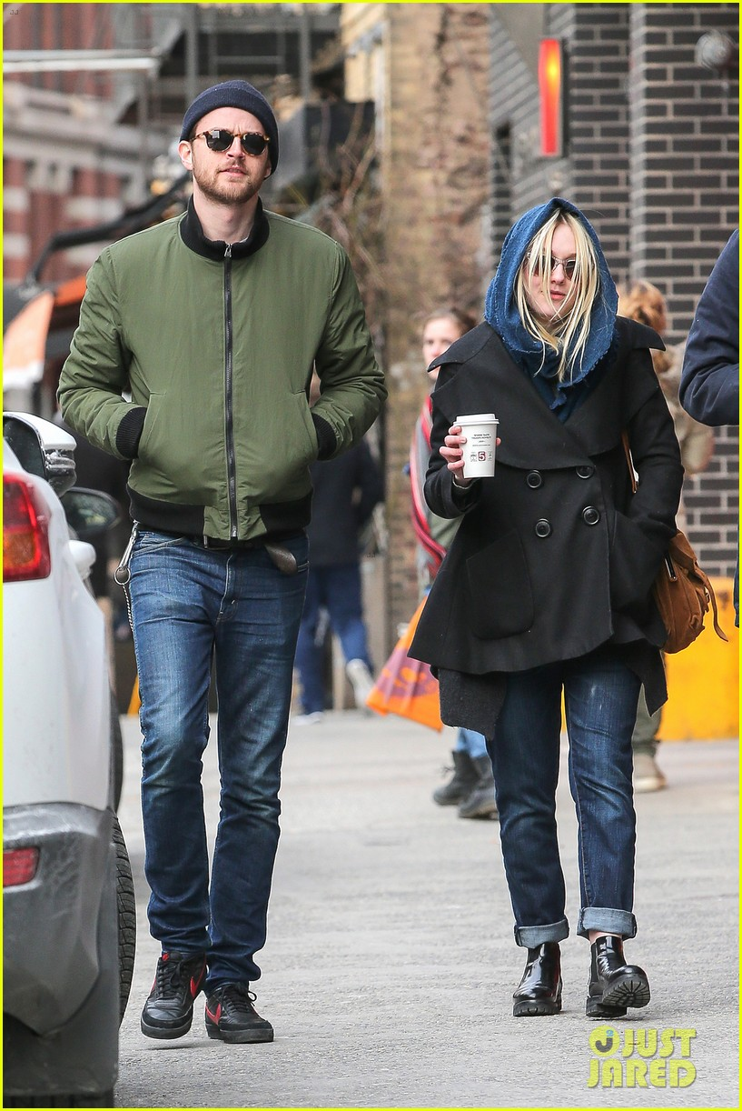 dakota fanning heading to nevada soon for new film 113066748