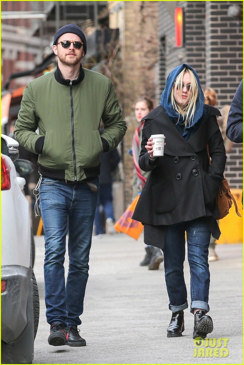 dakota fanning heading to nevada soon for new film 123066749