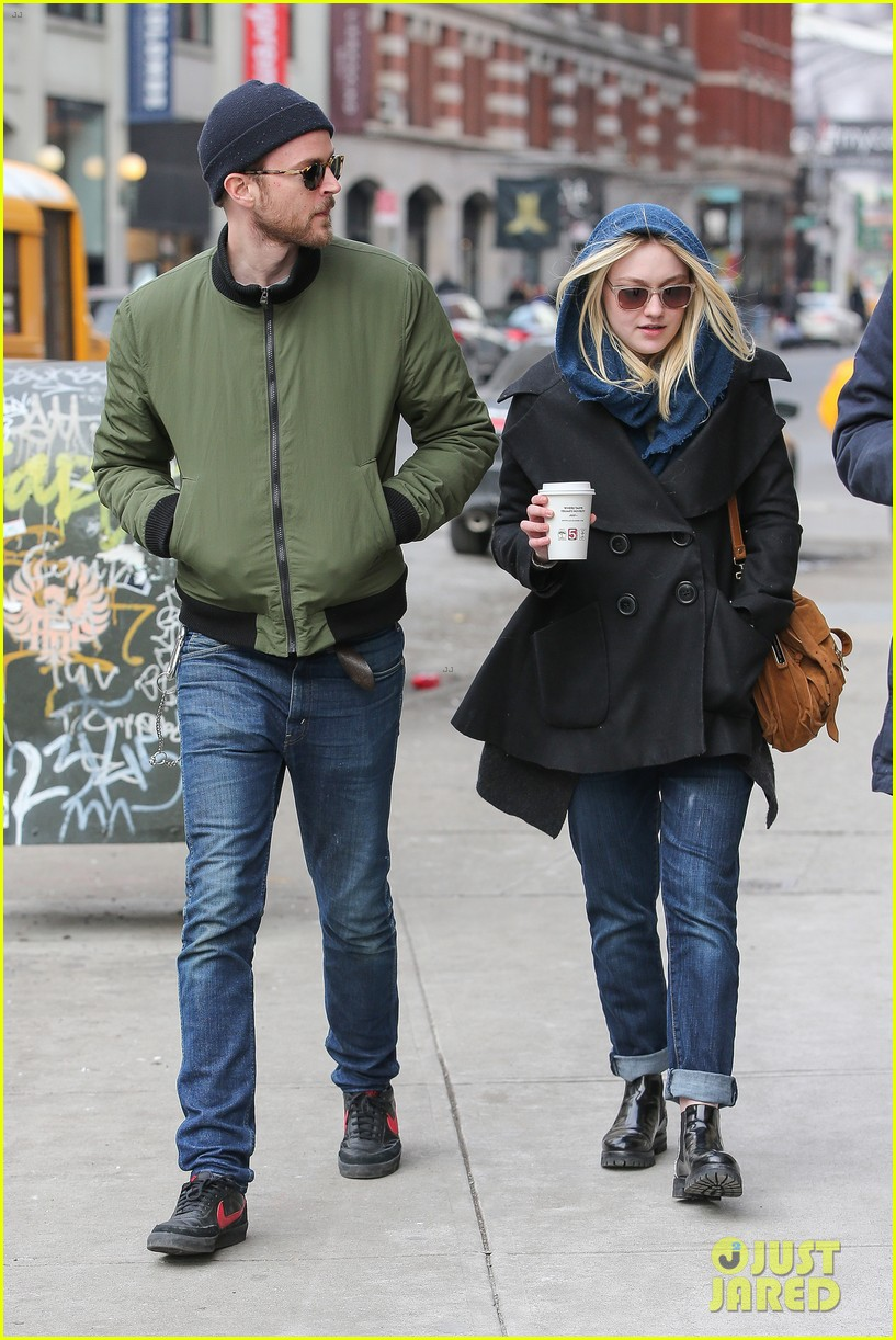 dakota fanning heading to nevada soon for new film 153066752