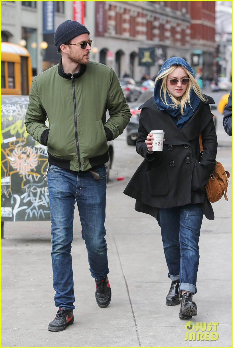 dakota fanning heading to nevada soon for new film 163066753