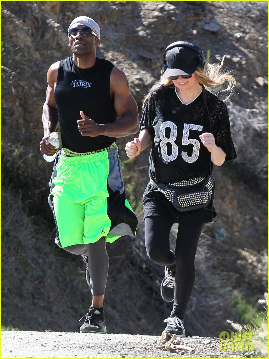 fergie rocks mademoiselle jersey for sunday workout 033069241