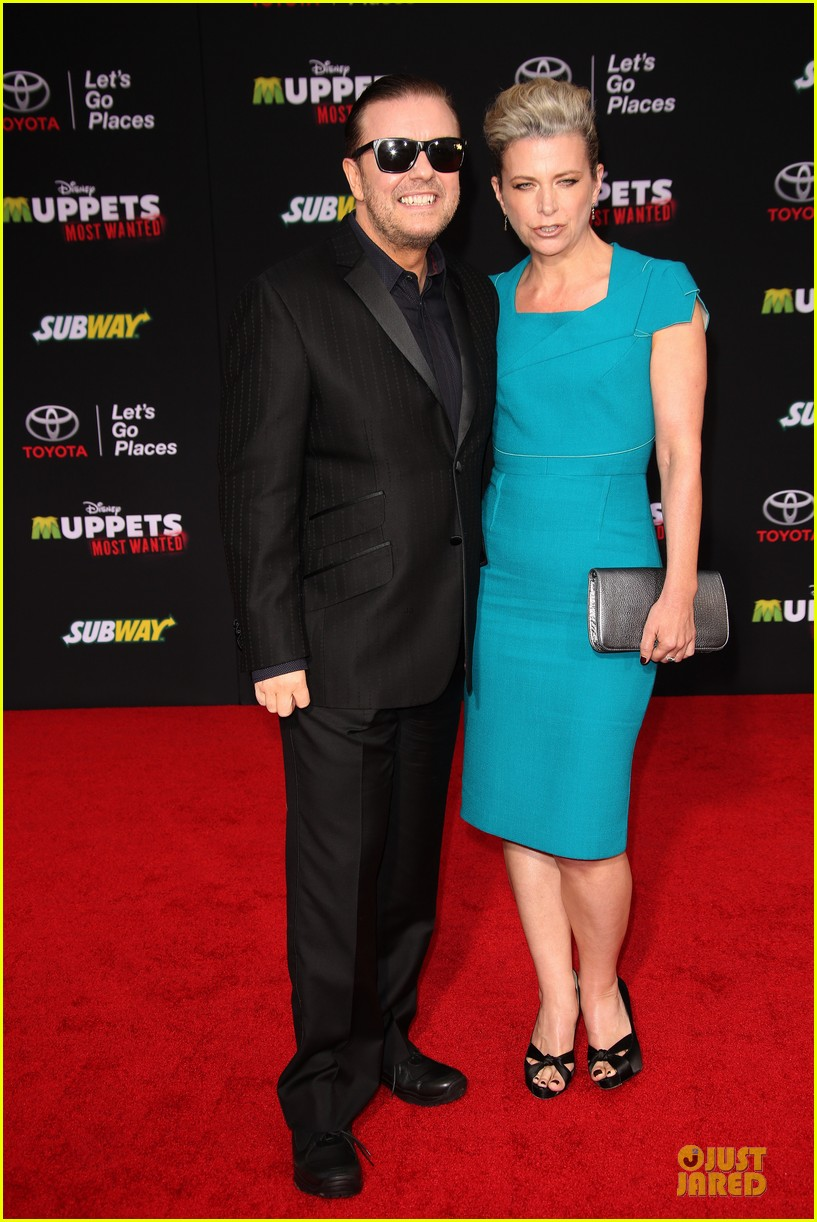 tina fey ty burrell muppets hollywood premiere 033070213