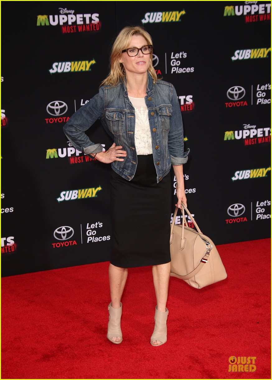tina fey ty burrell muppets hollywood premiere 053070215