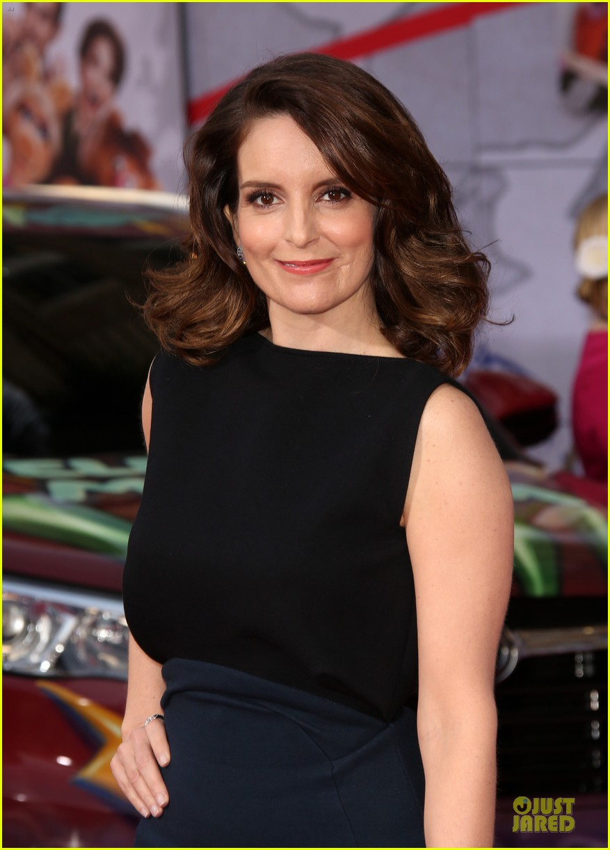 tina fey ty burrell muppets hollywood premiere 073070217