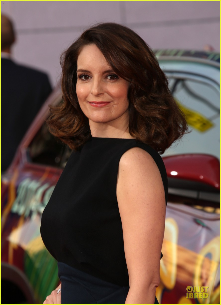 tina fey ty burrell muppets hollywood premiere 133070223