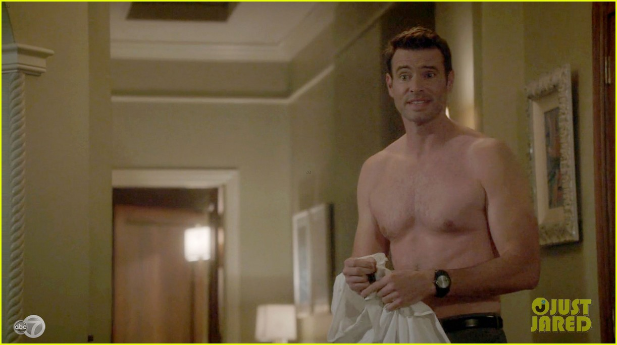 scott foley shirtless on scandal 053068524