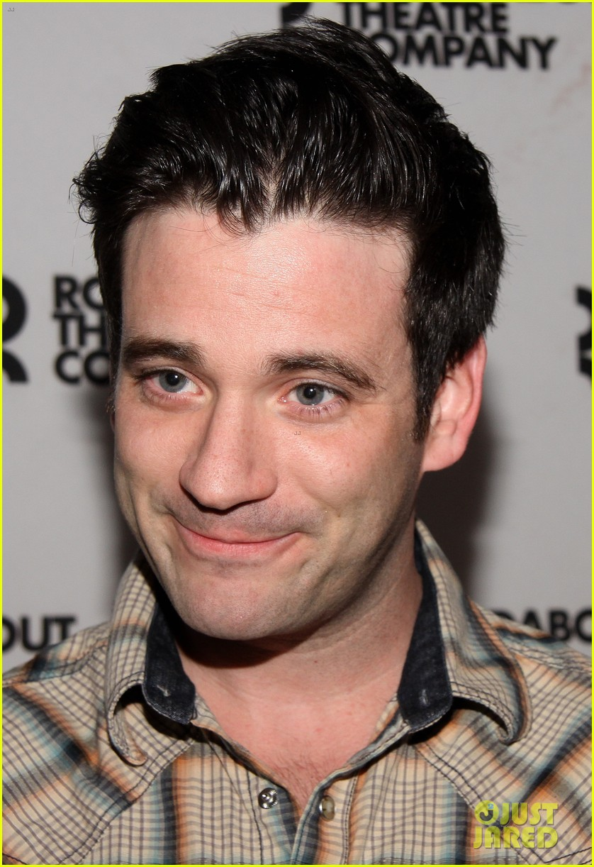 sutton foster colin donnell preview broadway musical violet 043066627