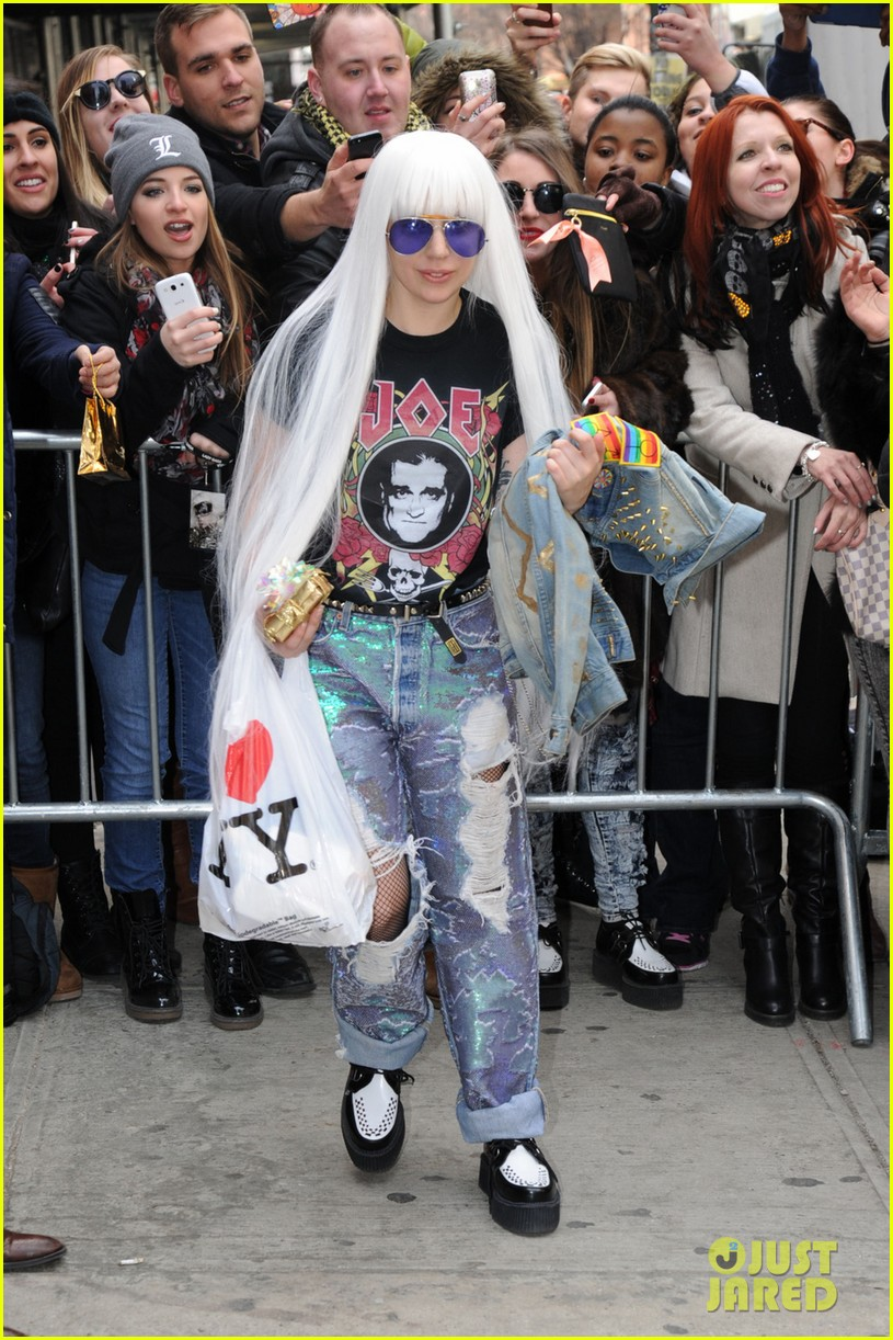 lady gaga wants you to know dont mess with joes daughters 013079861