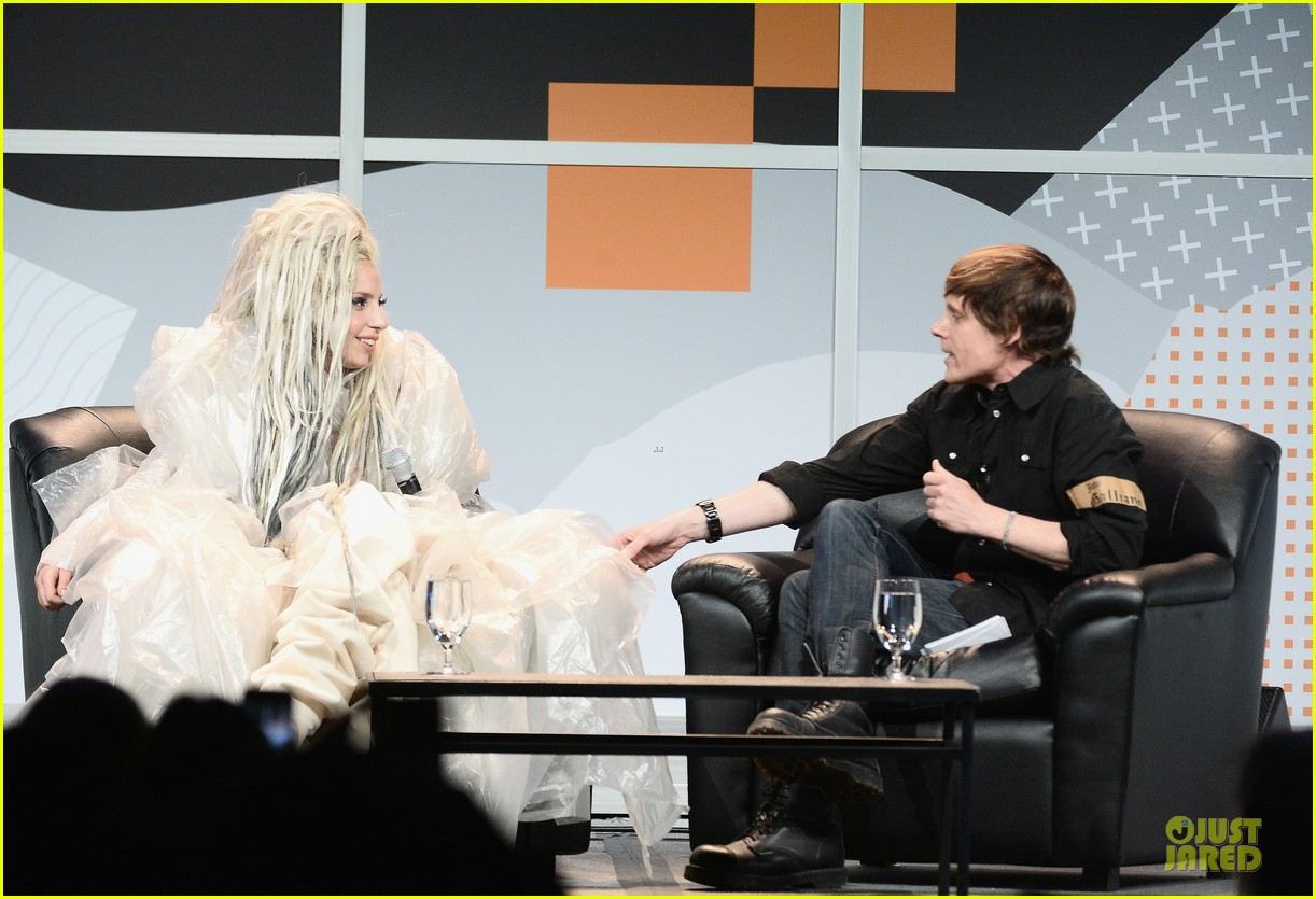 lady gaga uses explicit on katy perry comparison 063072540