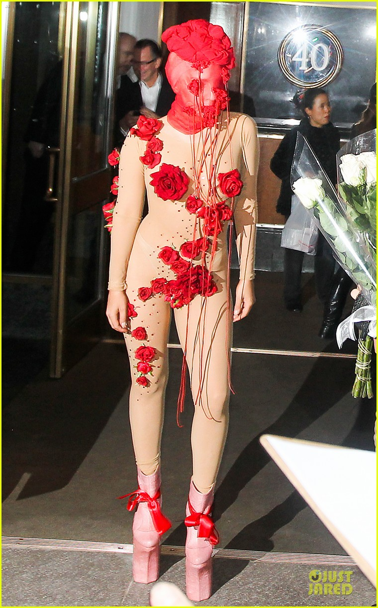 lady gaga rose inspired outfit 033080817