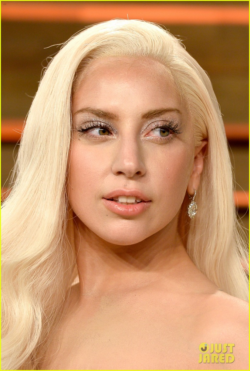 Lady Gaga Switches Dresses For Vanity Fair Oscars Party 2014