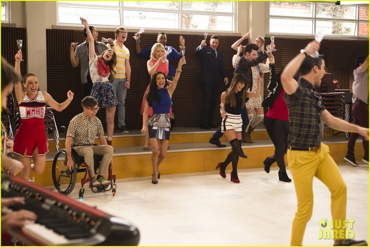 glee 100th episode stills 083073304