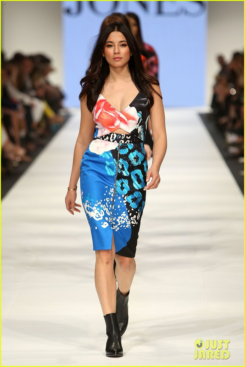 jessica gomes david jones fashion show 043073861