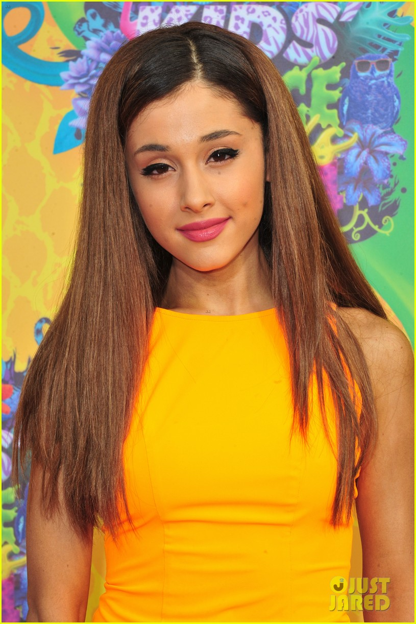 ariana grande kids choice awards 2014 043081275