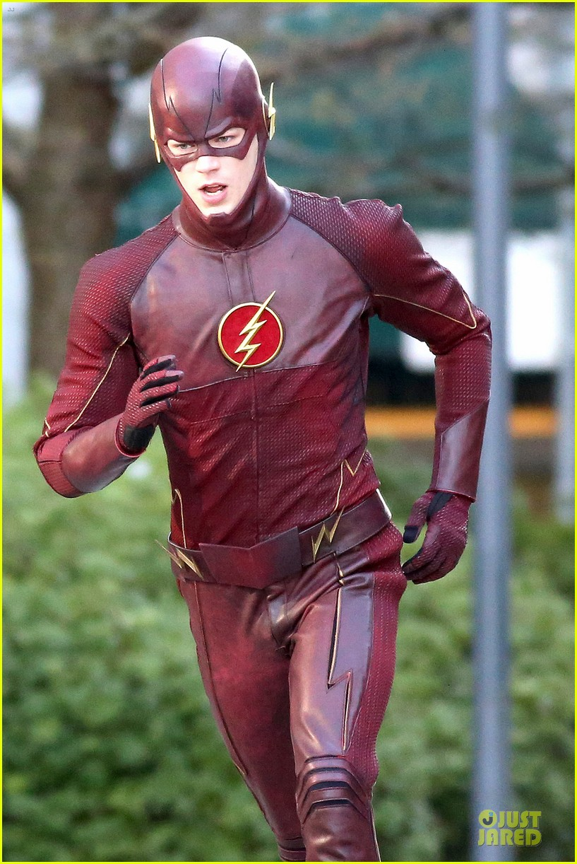grant gustin is proud stoked to wear flash costume 043070233