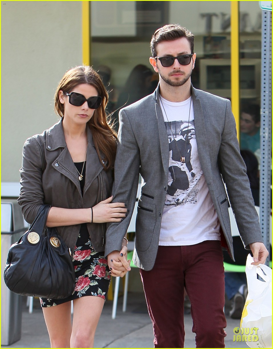 ashley greene paul khoury go in for a kiss after lunch 023066328