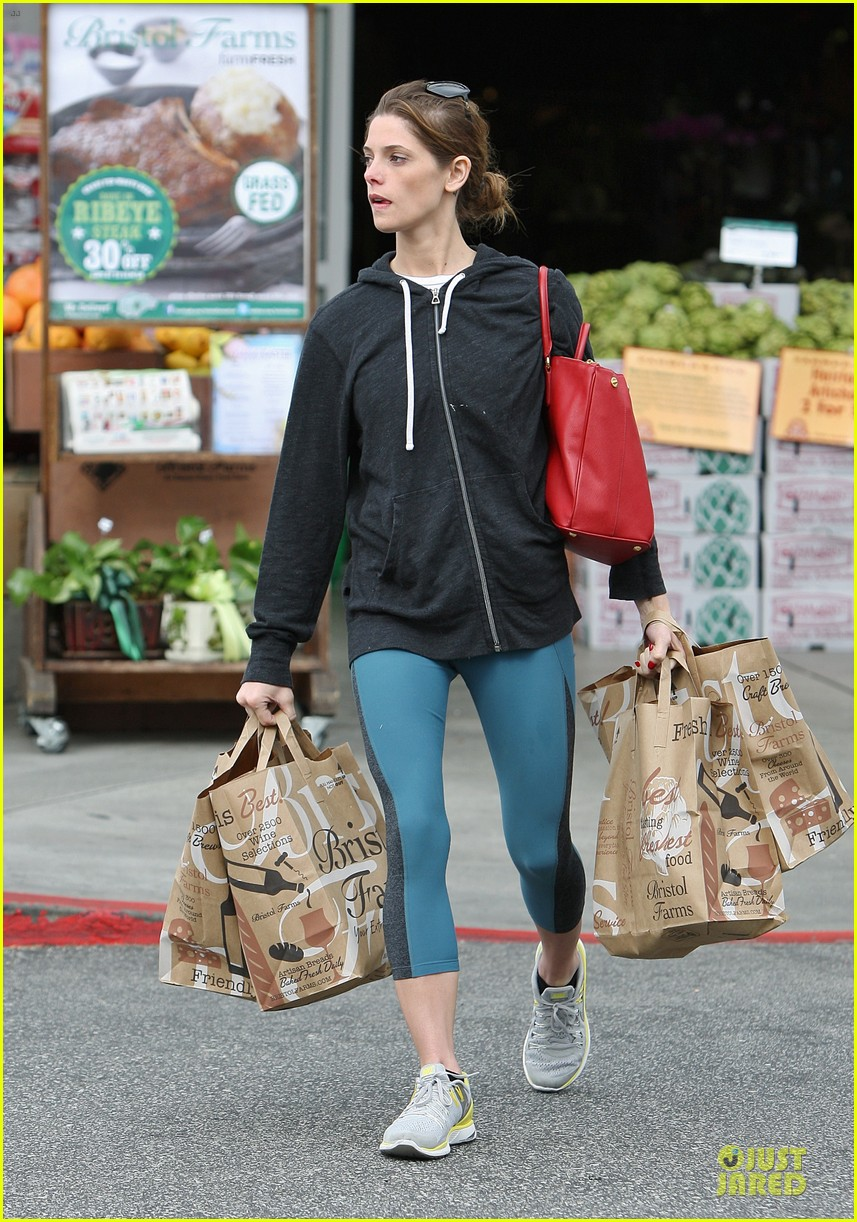 ashley greene strong arms at bristol farms 013078196