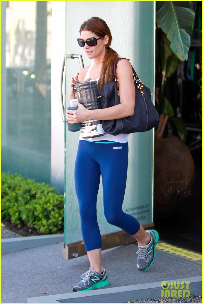 ashley greene strong is the new skinny 163073128