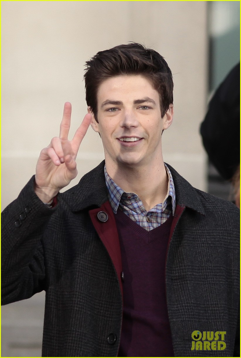 grant gustin flashes into action 053071211