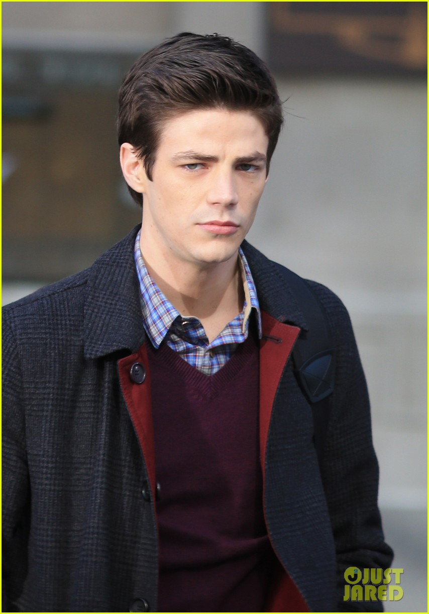 grant gustin flashes into action 143071220