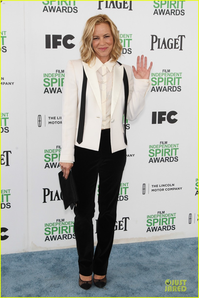 kathryn hahn maria bello independent spirit awards 2014 10