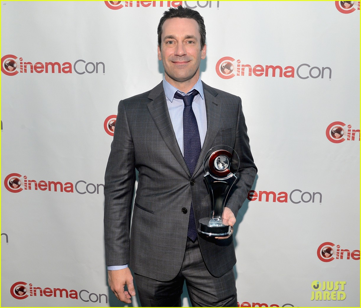 jon hamm excellence in acting award cinemacon 08