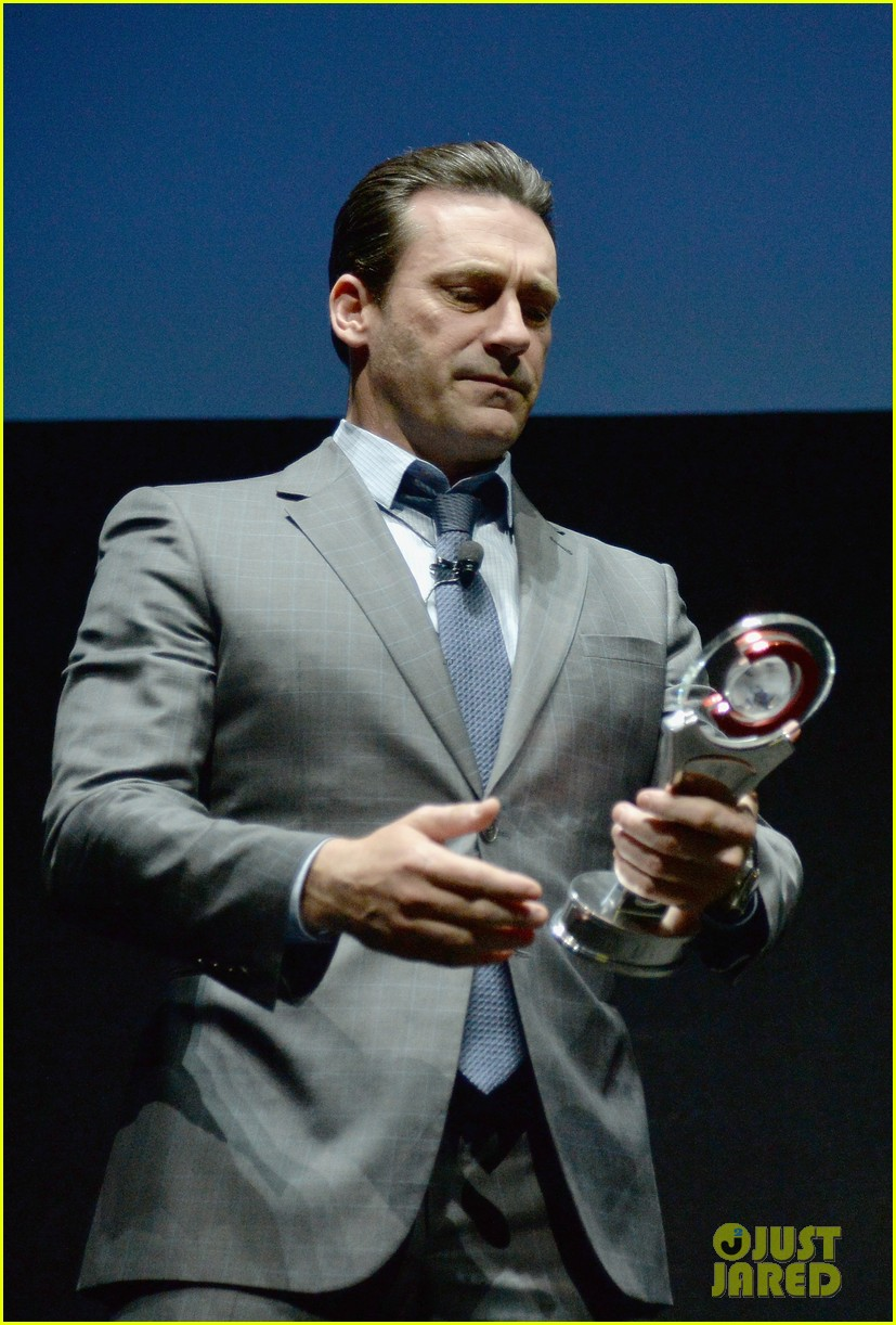 jon hamm excellence in acting award cinemacon 113079101