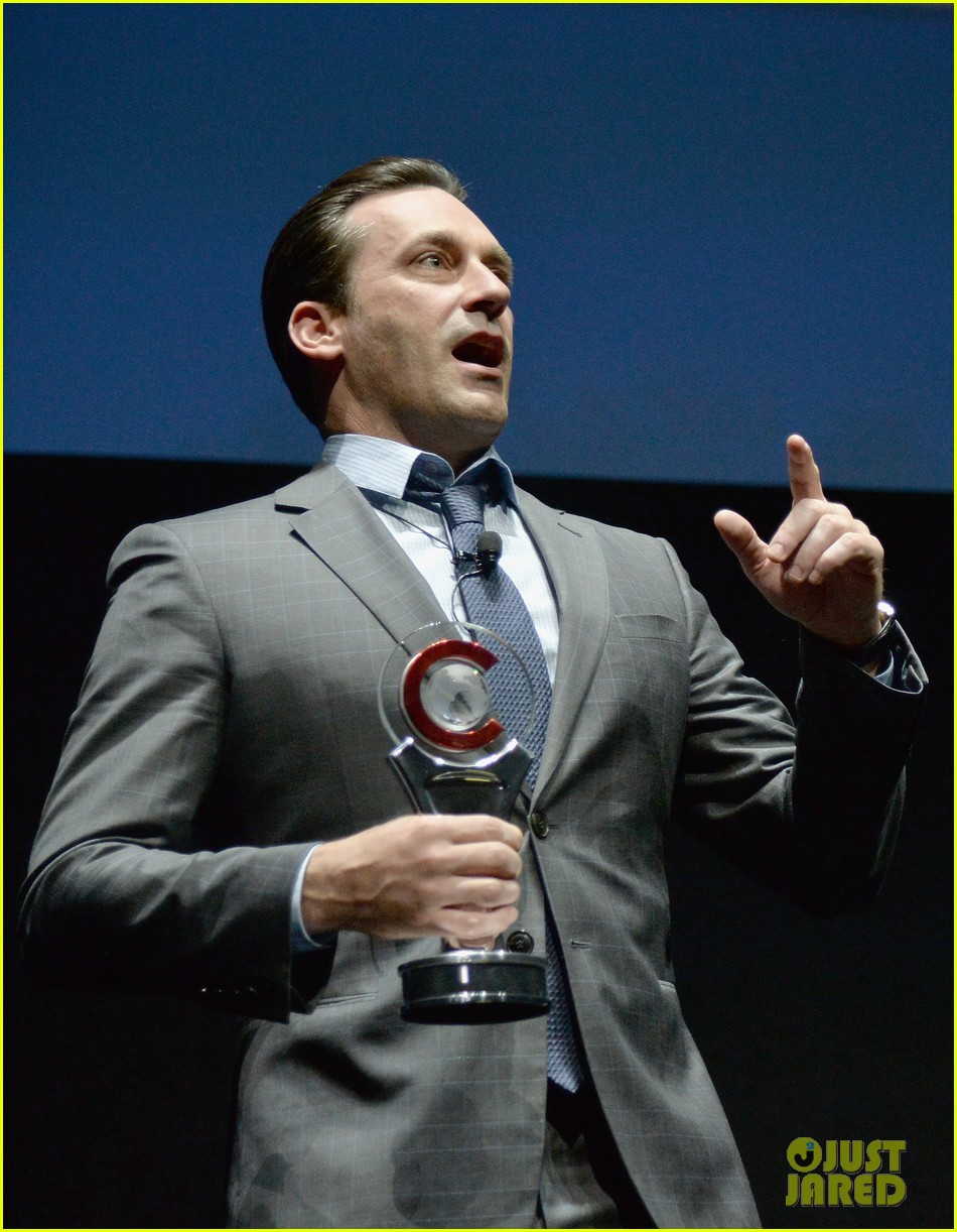 jon hamm excellence in acting award cinemacon 133079103
