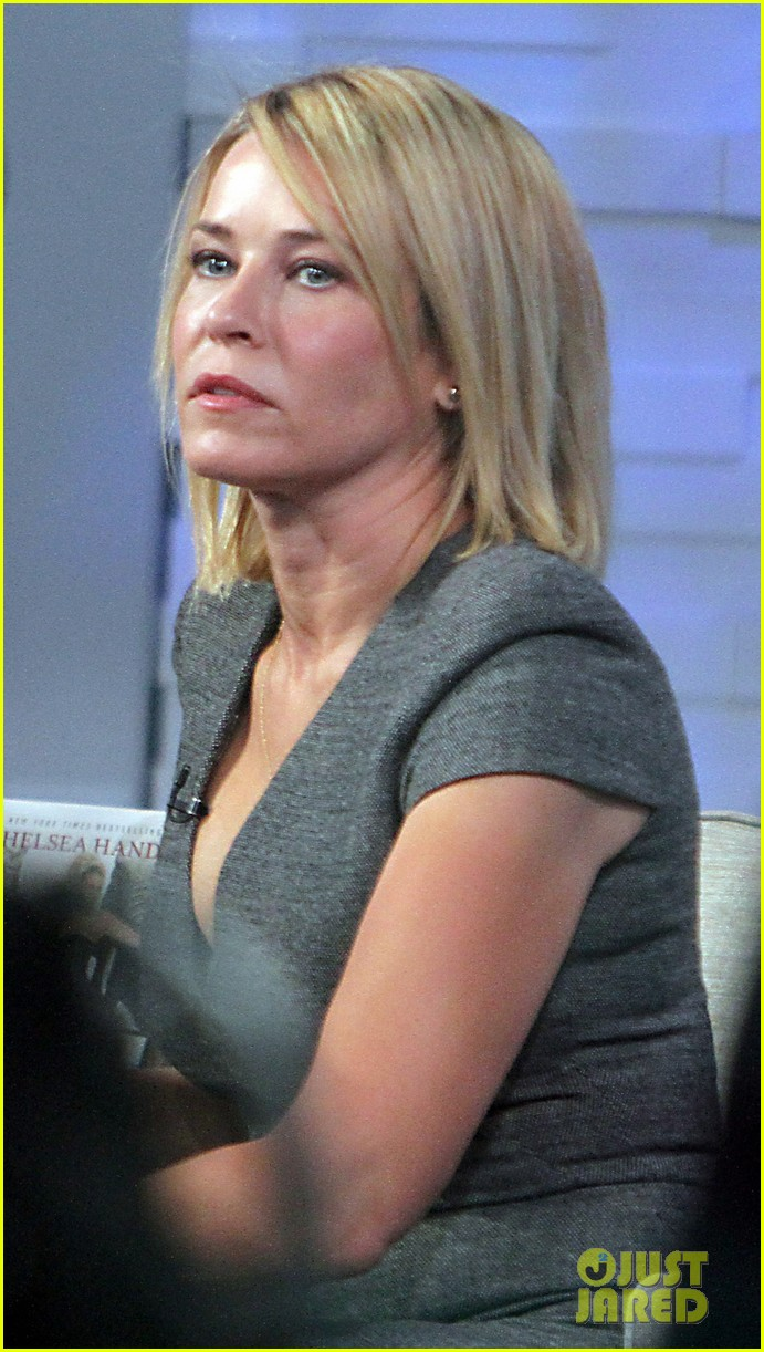chelsea handler defends herself against racism accusations 093065954