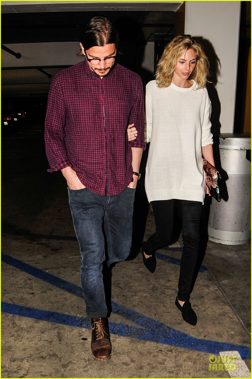 josh harnett movie date with mystery woman 123081934