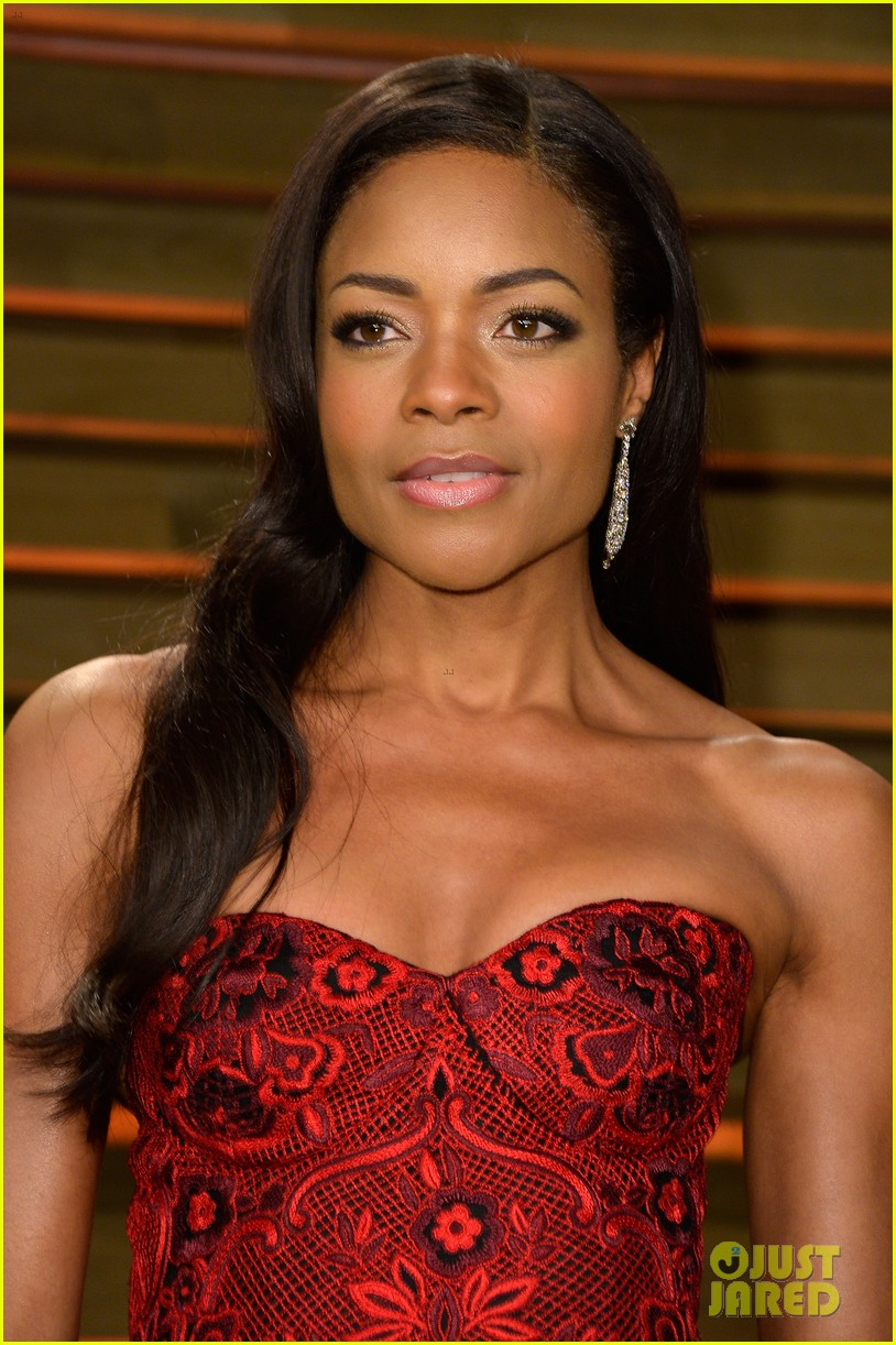 naomie harris honors mandela at vanity fair oscars party 2014 043064917