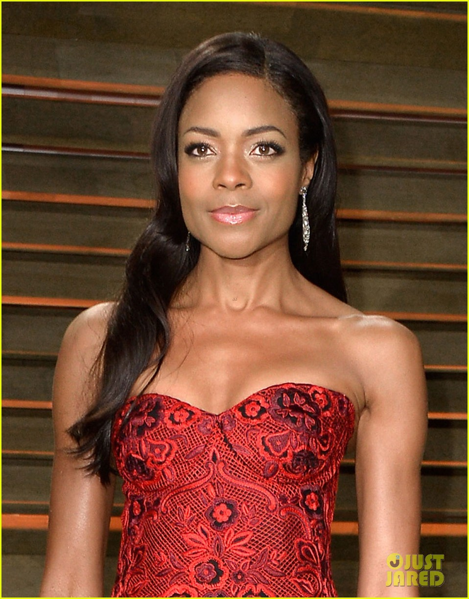 naomie harris honors mandela at vanity fair oscars party 2014 063064919