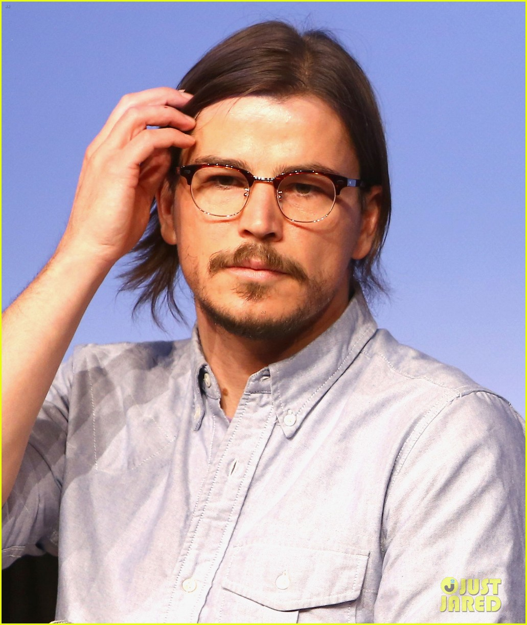 josh hartnett masters the sexy geek look at sxsw 023069157