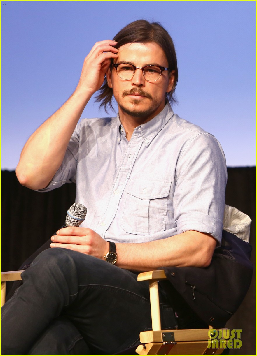 josh hartnett masters the sexy geek look at sxsw 043069159