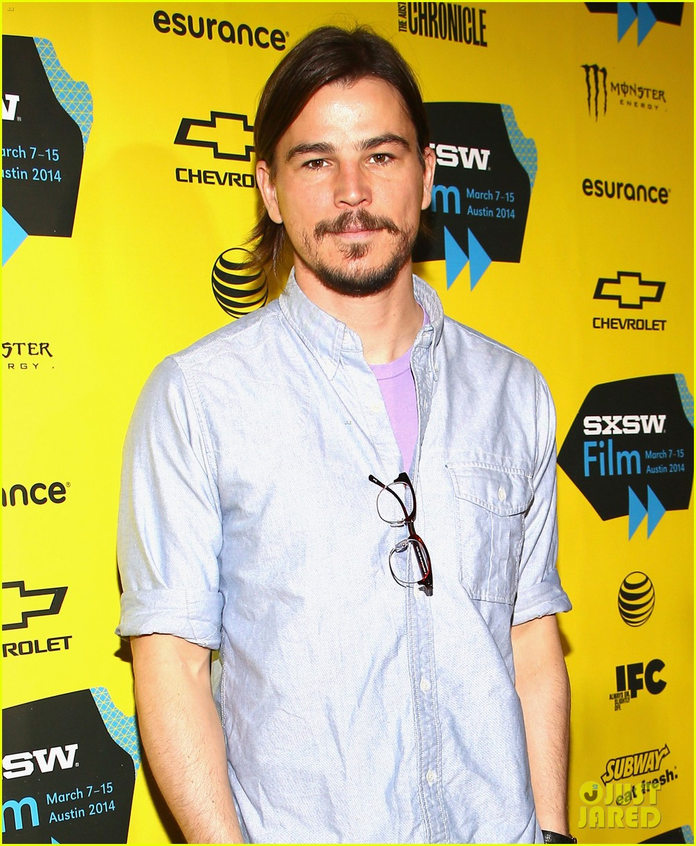 josh hartnett masters the sexy geek look at sxsw 053069160
