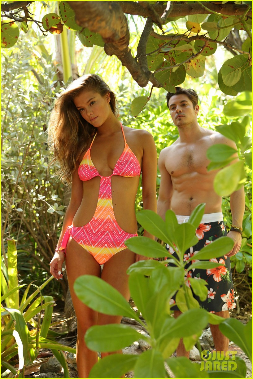 shirtless josh hendersons six pack is unreal in op ads with bikini clad nina agdal 093070396