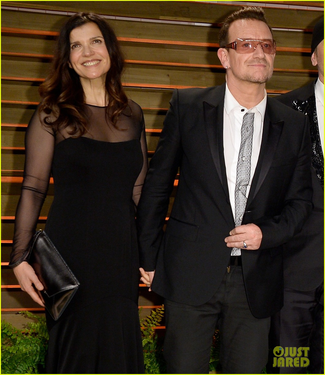 eve hewson bono attend vanity fair oscar party after performing 103064802
